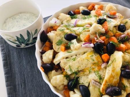 Zuiderse salade met gebakken halloumi